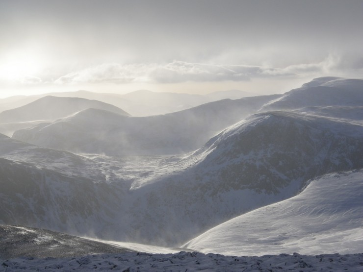 wind transportation and slab build up on Carn Etchachan