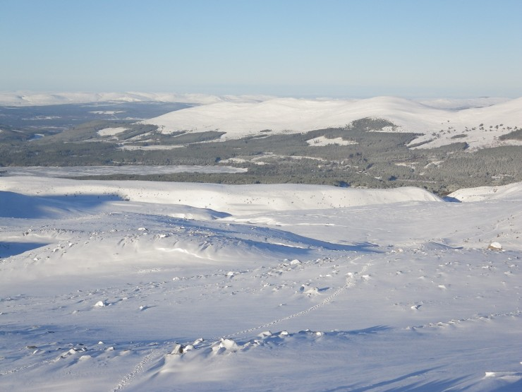 Soft snow cover, with some firm snow fields hidden beneath.