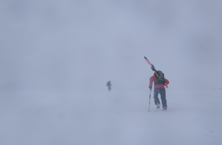 Poor visibility with strong winds during snow showers