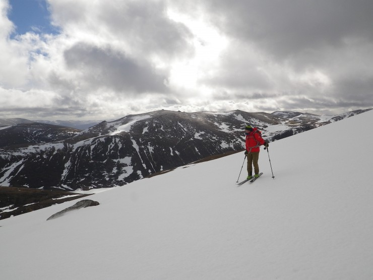 On the SE side of Cairngorm. The snowpack is bullet hard