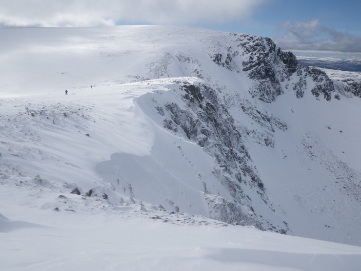 Coire an t Sneachda -Cornices beginning to form above North-West aspects