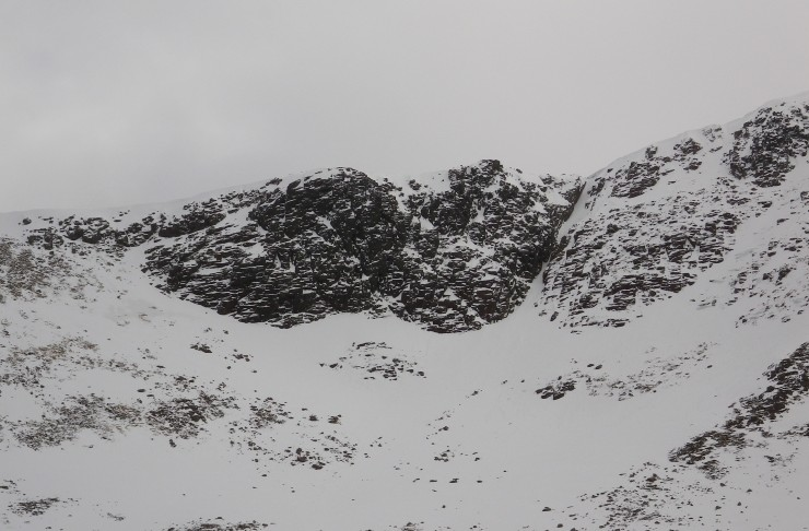 Mess of Potage - difficult to see in the photo but wet snow instabilities were widespread on approach slopes below