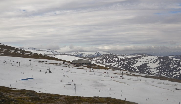 Another surreal day looking accross the Ptarmigan ski slopes
