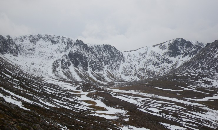 Sneachda looking OK if only it were a few degrees cooler.