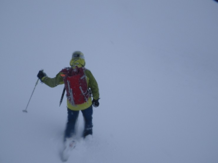 Whiteout conditions at 1000m
