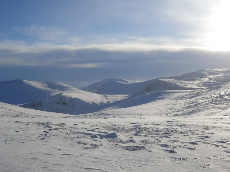 looking accross Cairngorm plateau