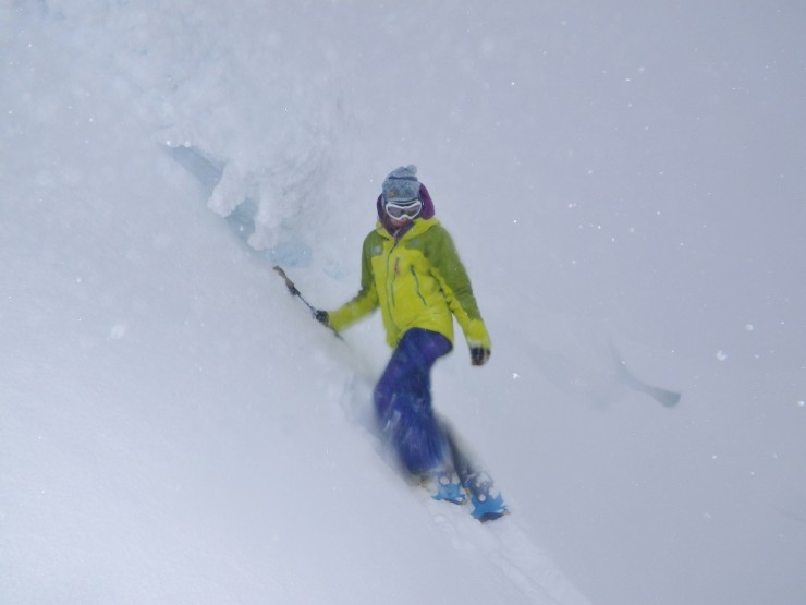 Soft deep accumulations form below a cornice on a N facing slope