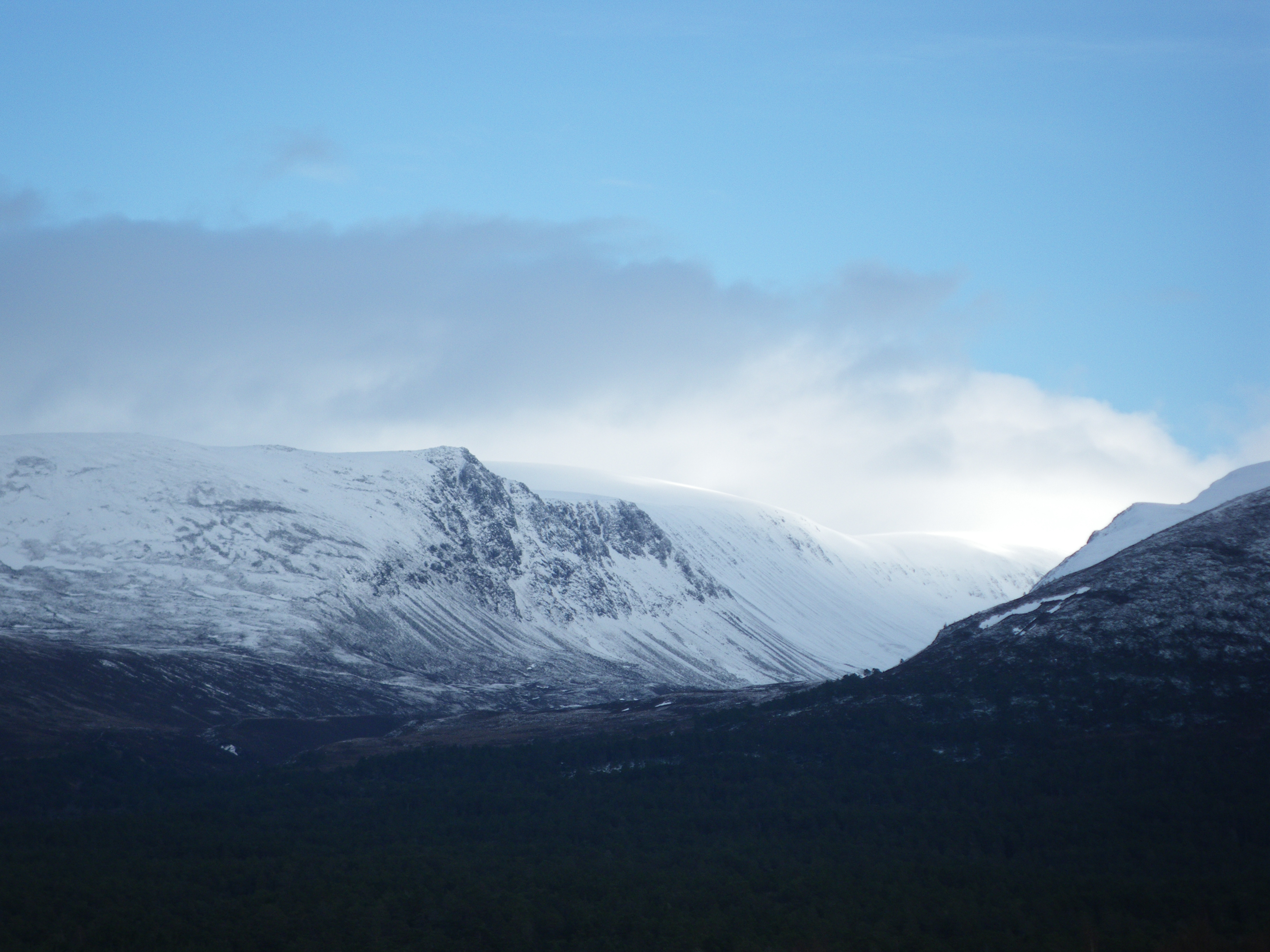 Lurcher's Crag and the Lairig Ghru