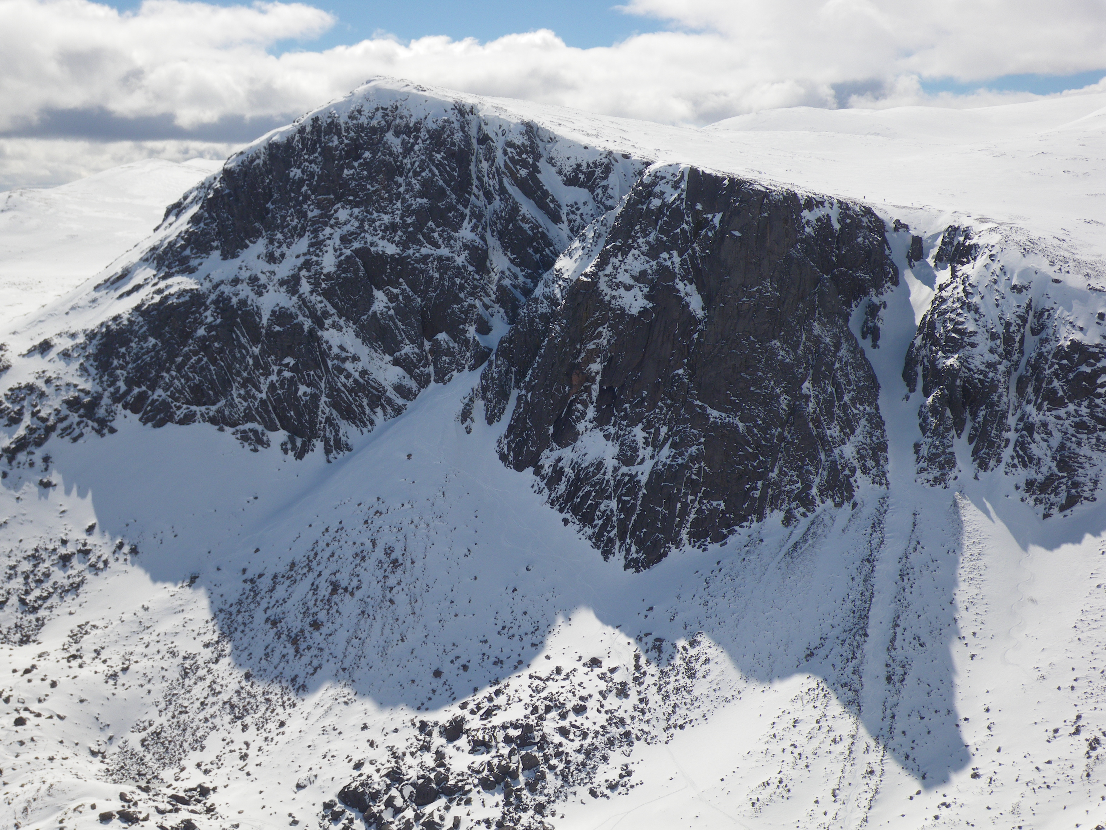 Carn Etchachan and the Shelter Stone Crag